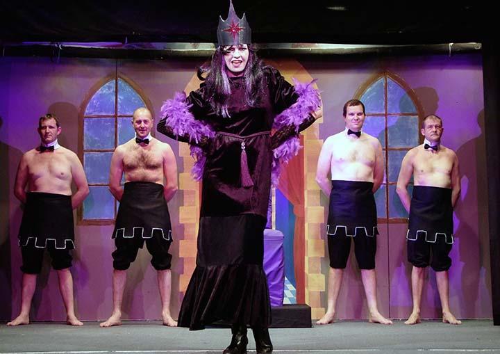 Snow White panto 2009